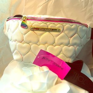 Brand New Betsy Johnson quilted heart fanny pack!